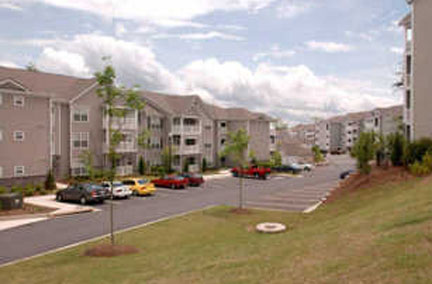 The Reserve At Creekside Village Apartments